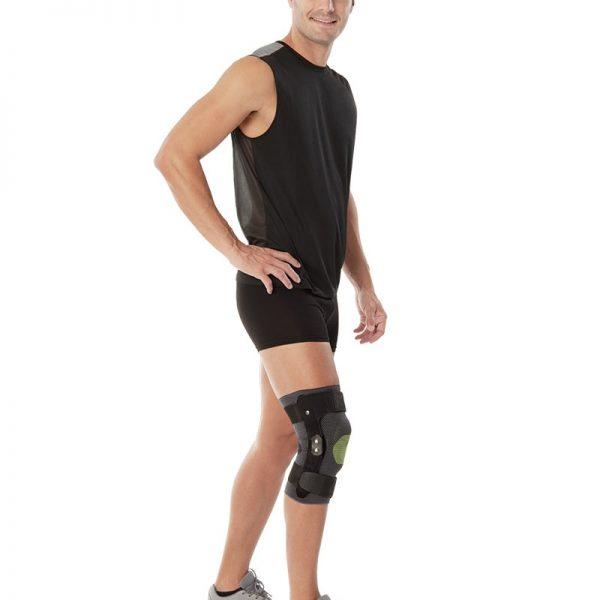 Плетена колянна ортеза с латерални опори с панта