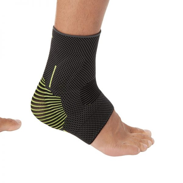 Безшевна плетена ластична глезенка със силиконова опора за малеола